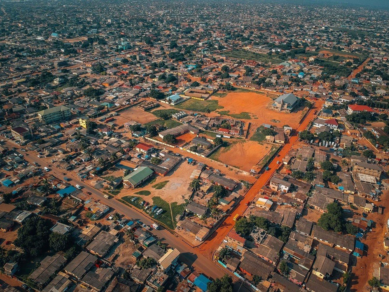 Vogelperspektive auf Accra in Ghana